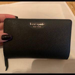 Black Medium Bifold Kate Spade Wallet ♠️
